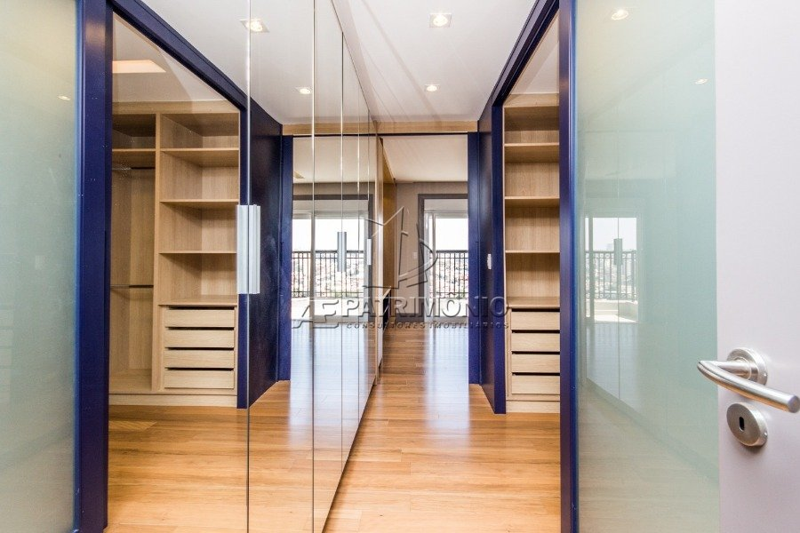 10 Closet (1)